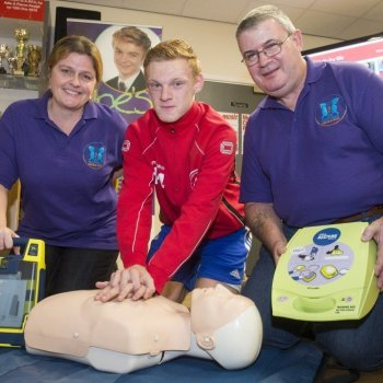 Aylestone Park JFC officially launch the Joe Mini Heartstart for Sports Clubs lifesaving session supported by Leicester City Council.