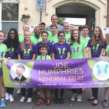 Joe's army on the run at the Rothley 10k