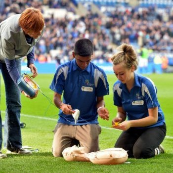 Leicester City, Tigers and Riders Fans Learn How to Save Lives